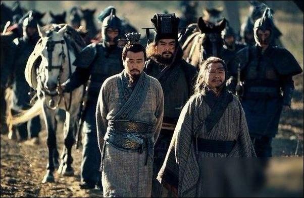 刘备入川时,为什么只带庞统随军而留诸葛亮镇守荆州